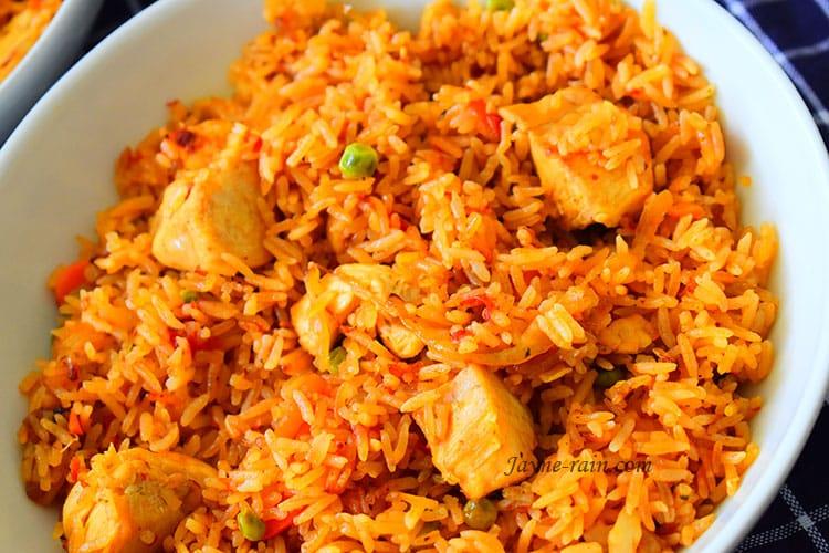 Chicken Jollof Rice - Jayne Rain